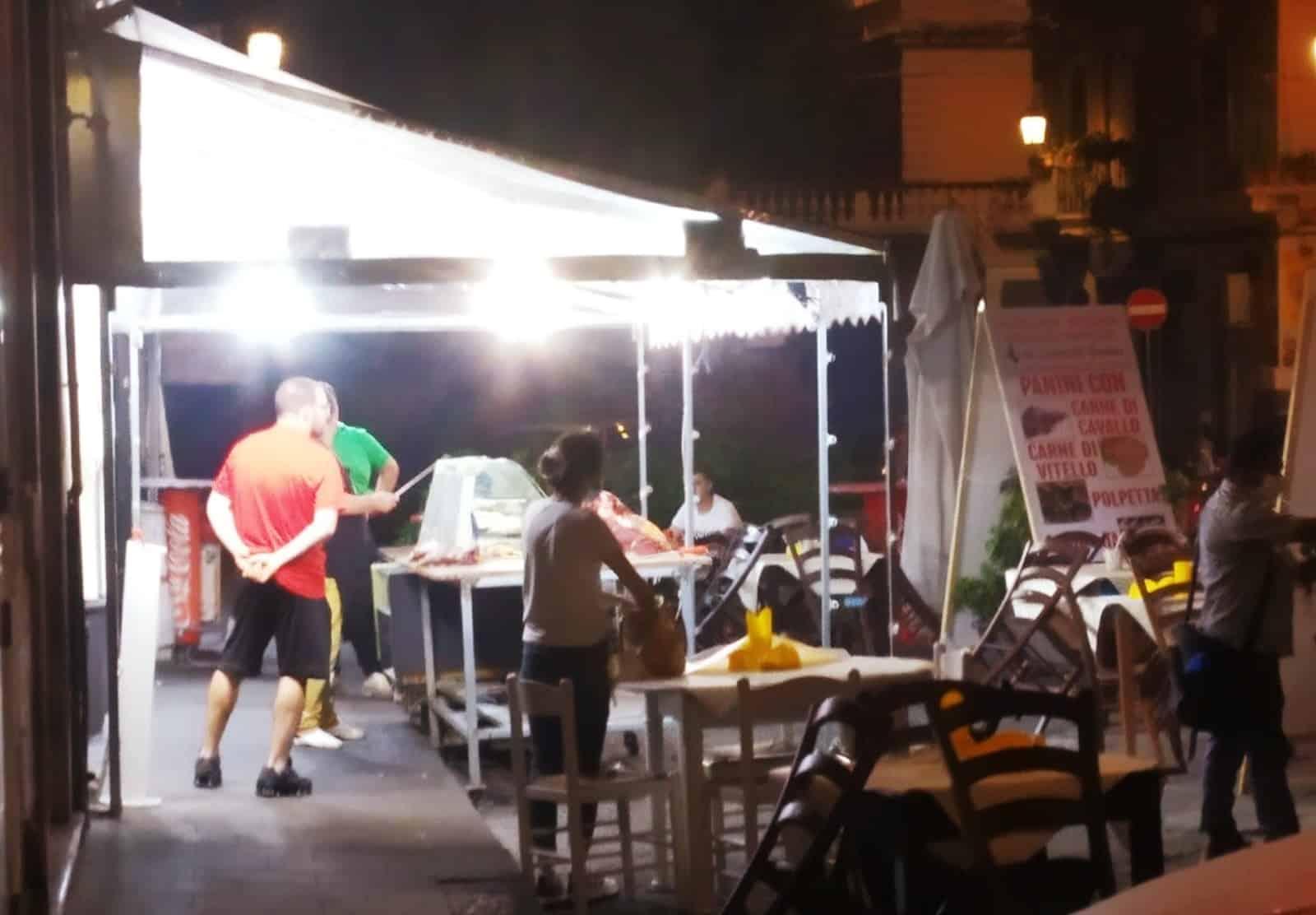 Catania, controlli della municipale: dal blitz in una festa alla chiusura di esercizi commerciali, I DETTAGLI