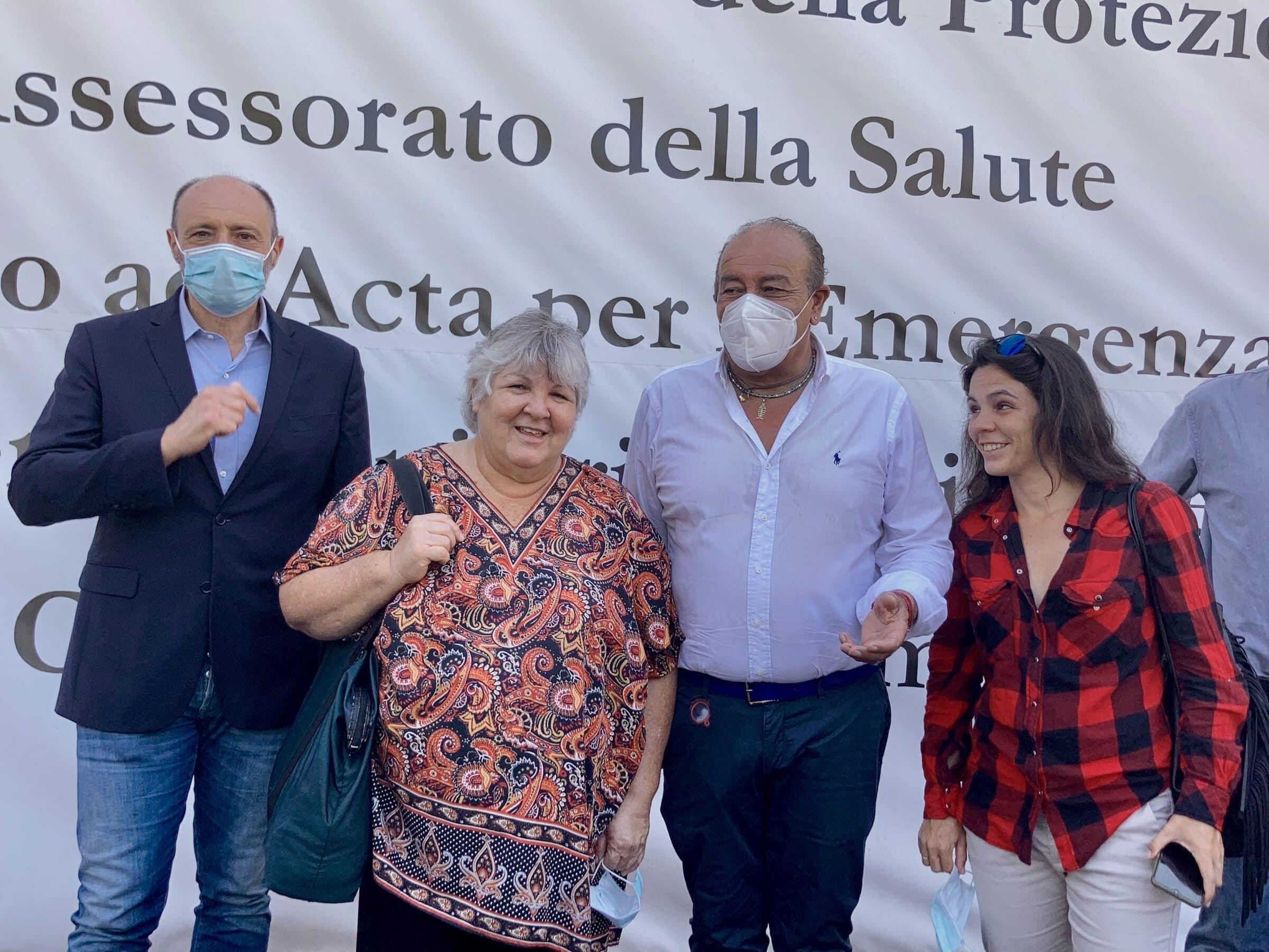 """La figlia di Ernesto Che Guevara in visita alla Fiera del Mediterraneo: """"Centro ben organizzato"""" – FOTO e VIDEO"""