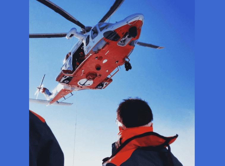 Dolori all'addome e la richiesta d'aiuto, marittimo soccorso dalla guardia costiera: scatta corsa in ospedale
