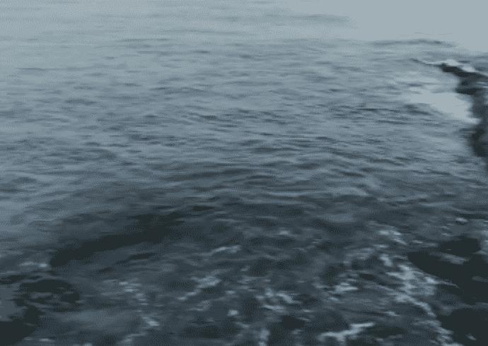 Maltempo nelle Eolie, aliscafi e traghetti bloccati da ieri pomeriggio: danni anche alla spiaggia