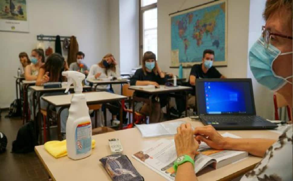 Covid Sicilia, sale il tasso del personale scolastico vaccinato – I DATI