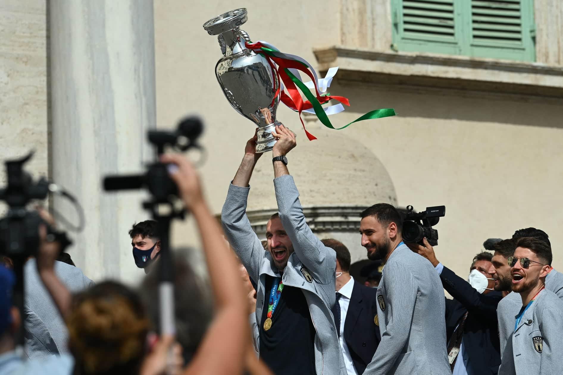 Italia Campione d'Europa, gli Azzurri ricevuti da Mattarella: emozioni al ricordo di Astori