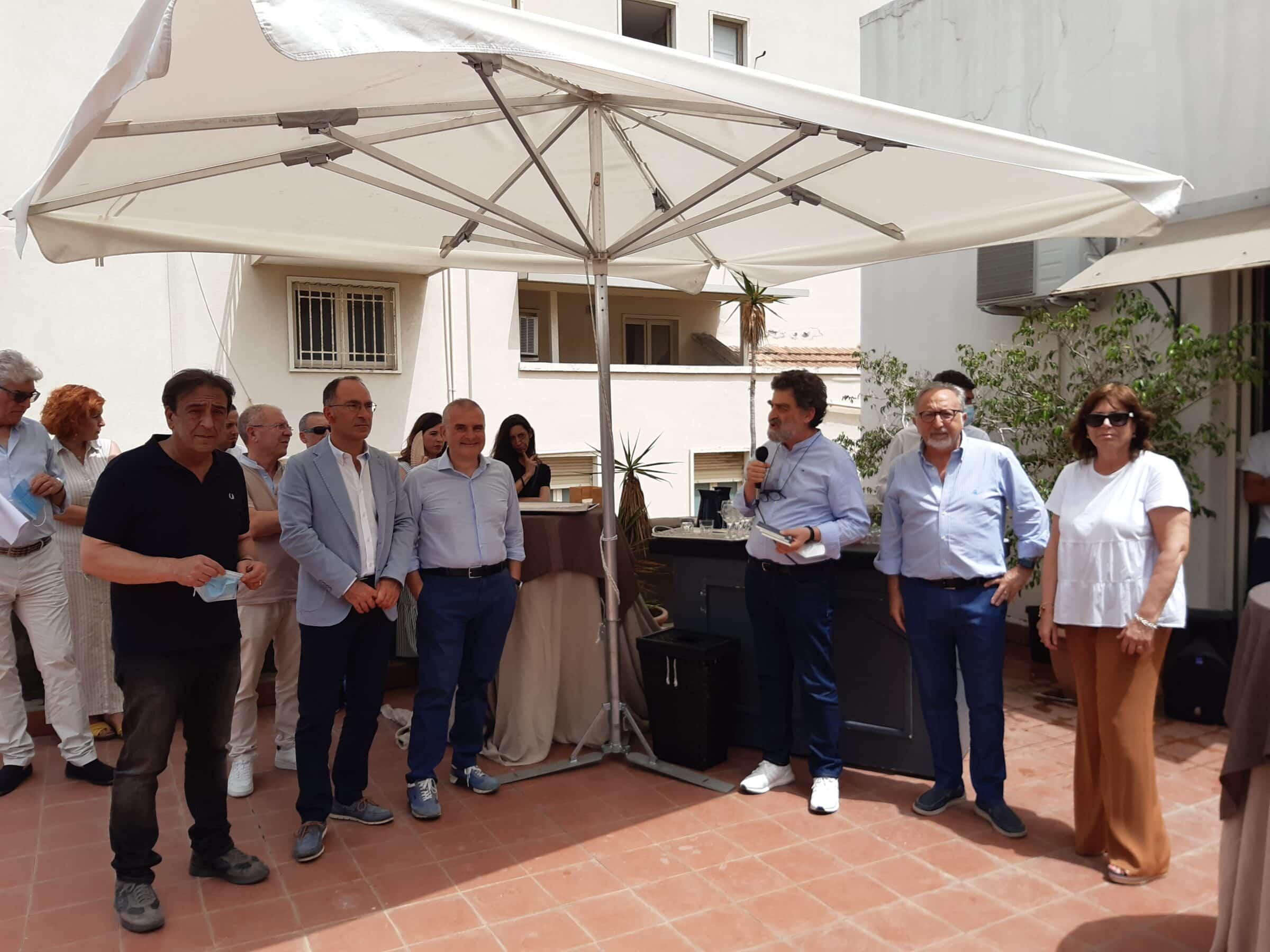 Salute mentale, briefing degli operatori del DSM Catania: presentata raccolta di poesie