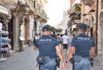 Controlli anti-Covid, chiusi 4 noti bar della zona della movida di Taormina