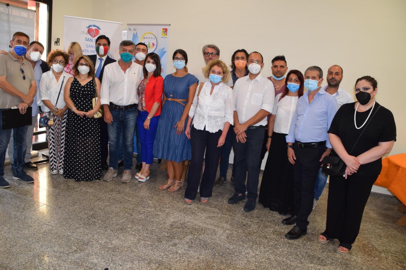 Catania, inaugurata la sede delle associazioni A.S.O.S.S. e la SAN.INF.: ieri il taglio del nastro – VIDEO