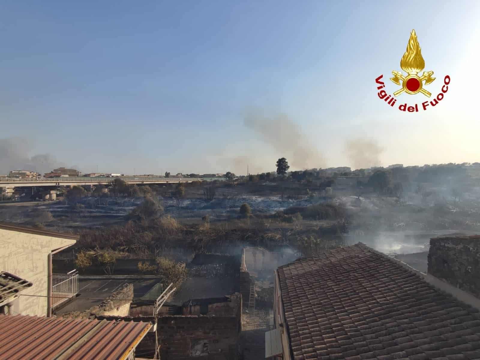 Catania, ecco come si sono generate le fiamme di ieri: la RICOSTRUZIONE dell'inferno etneo – FOTO