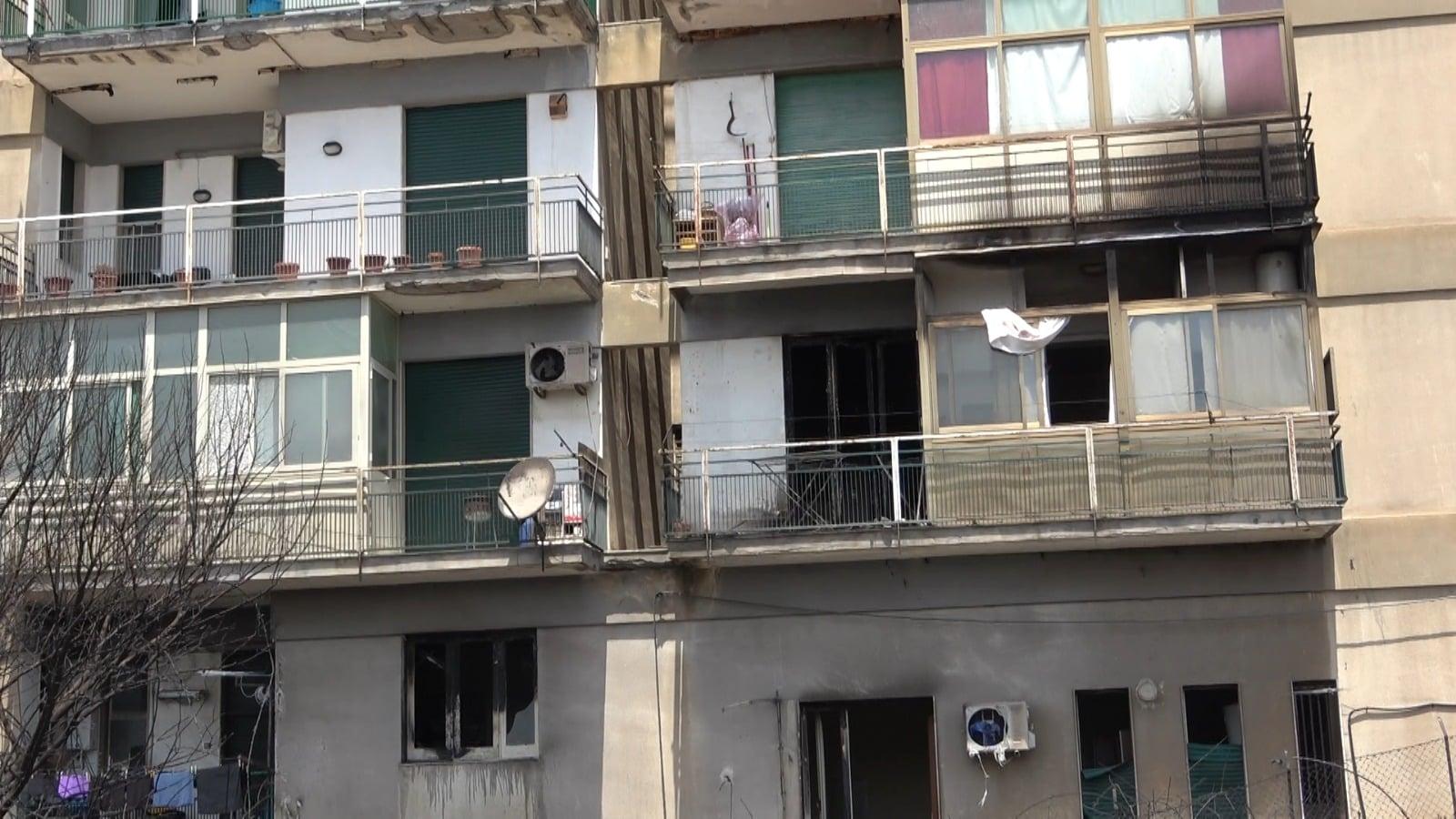 Incendi a Catania, il Comune pubblica avviso per contributo di 3mila euro agli sfollati: ecco come richiederlo
