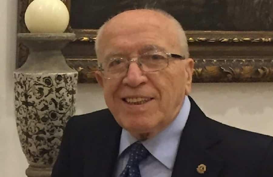 """Misterbianco piange la scomparsa del pediatra Francesco Sciacca: """"Un punto di riferimento, guidaci dal cielo"""""""