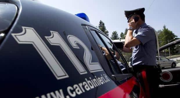 Supermercato preso d'assalto da commando, i carabinieri incastrano 40enne: scattano le manette