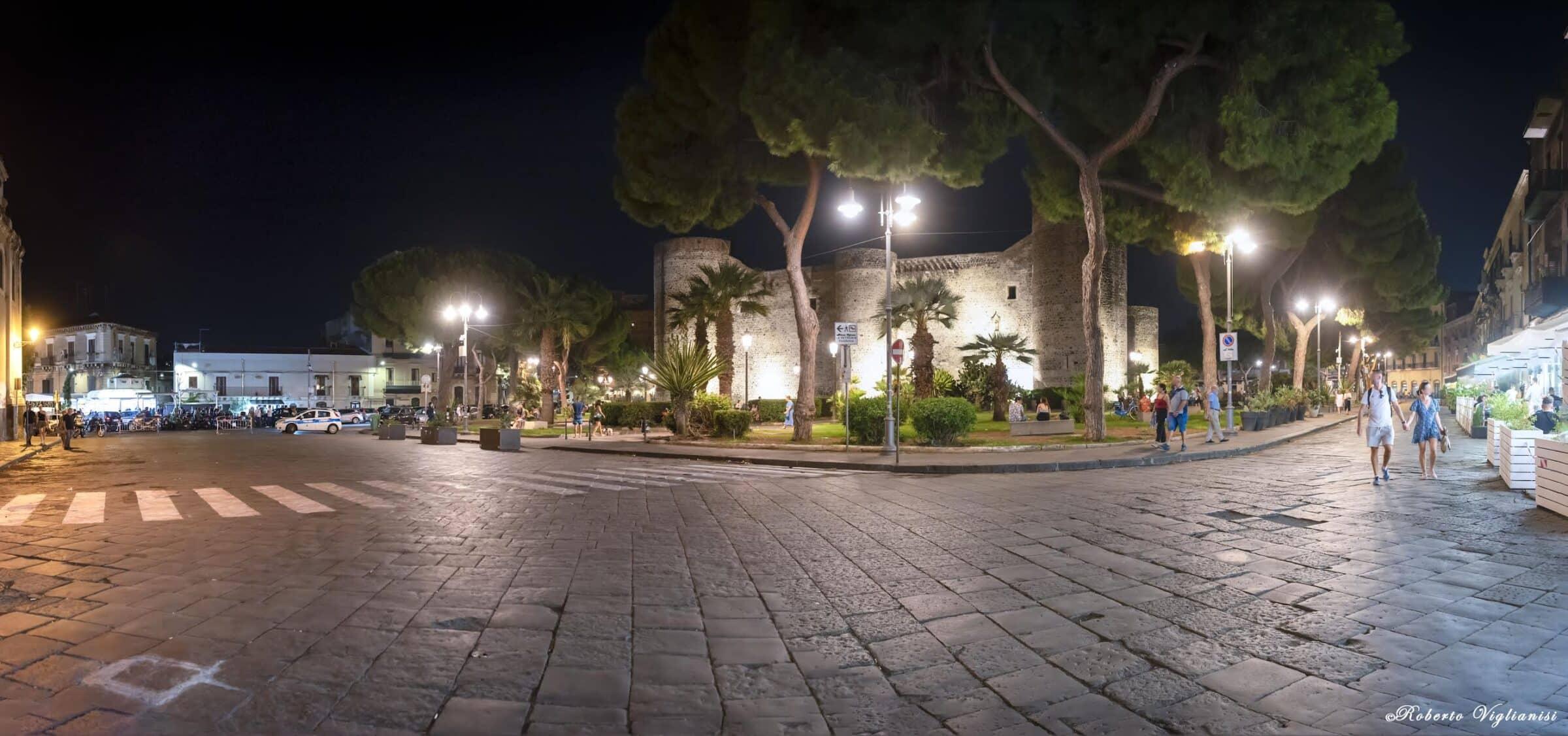 Catania, senza intoppi la prima notte pedonale di piazza Federico di Svevia. Sarà attivata una navetta Amts