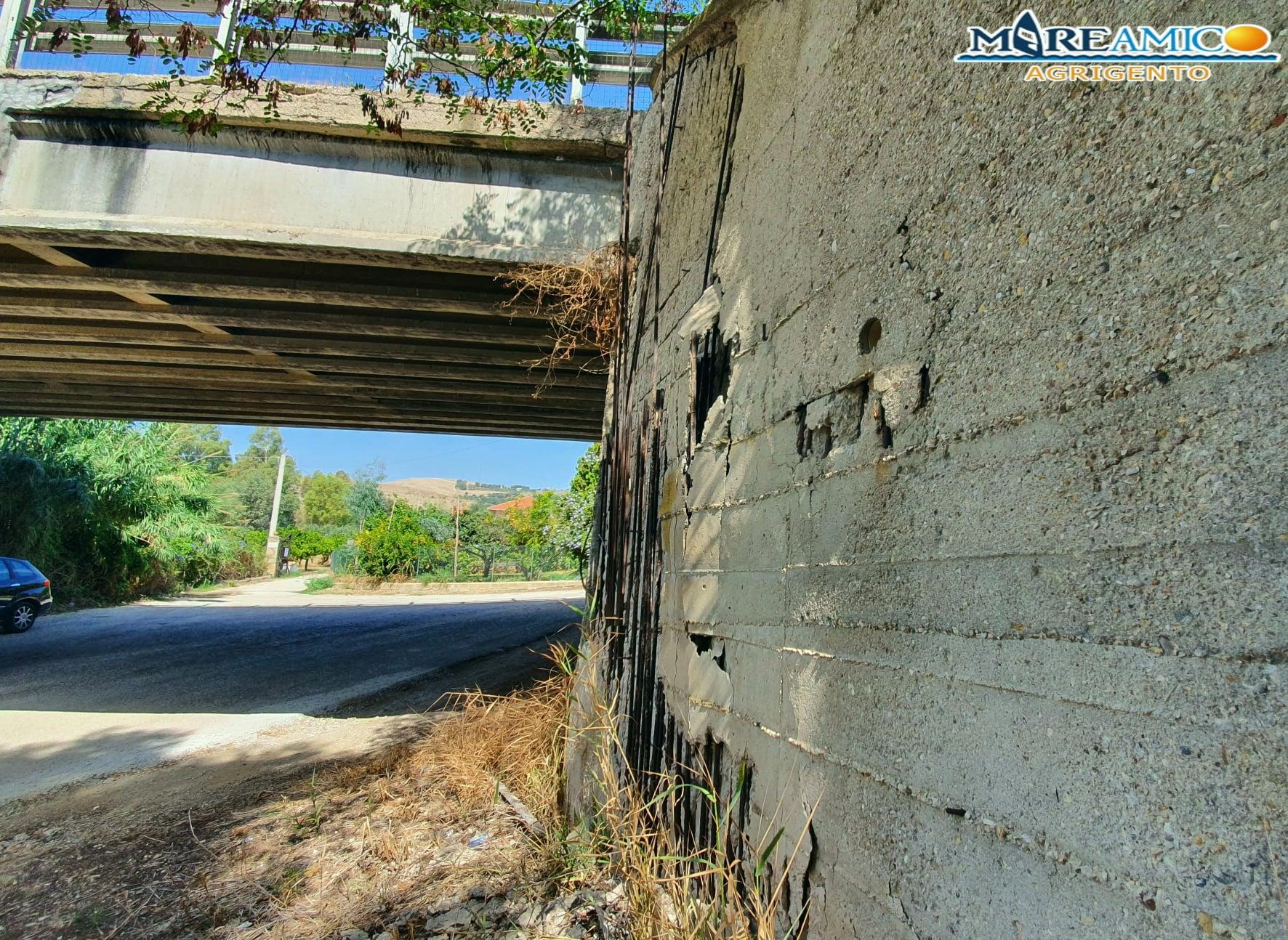 """Infrastrutture in Sicilia: scoperto nuovo """"ponte malato"""", la denuncia di Mareamico – FOTO"""