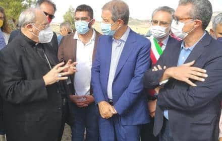 """""""Vendemmia di Comunità"""", Nello Musumeci dice la sua sul terreno tolto alla mafia: """"Una lotta contro il male"""""""