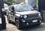 Sorpreso a spacciare aggredisce i carabinieri con l'aiuto del gemello: arrestato 22enne, fratello denunciato