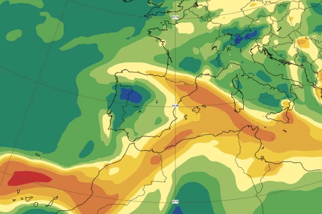 Prosegue l'eruzione del vulcano Cumbre Vieja, nube in arrivo anche in Sicilia: la PREVISIONE del satellite