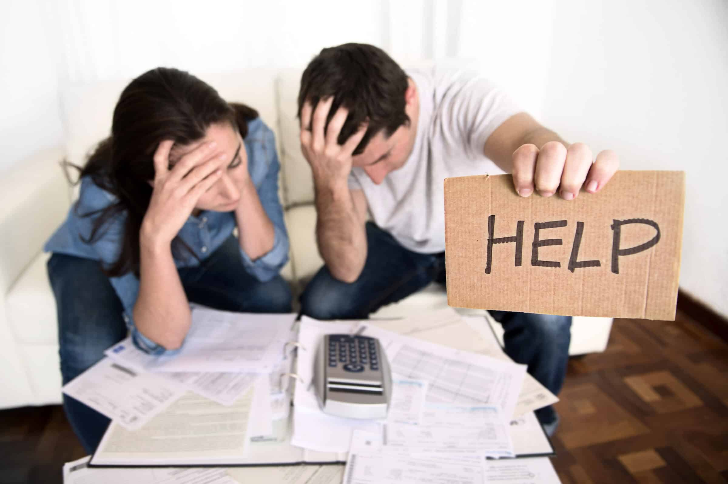 Gestione spese tra coniugi, meglio la comunione o la separazione dei beni? Pro e contro dei due regimi