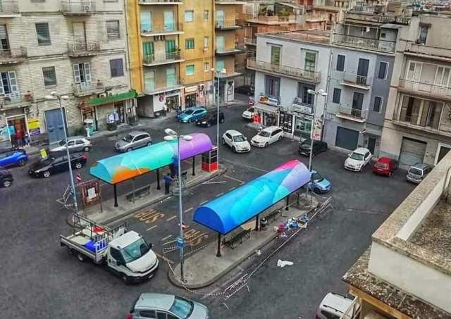 """Piazza dei Sofisti si colora con """"About Noise"""", a Lentini la nuova opera di Ligama"""
