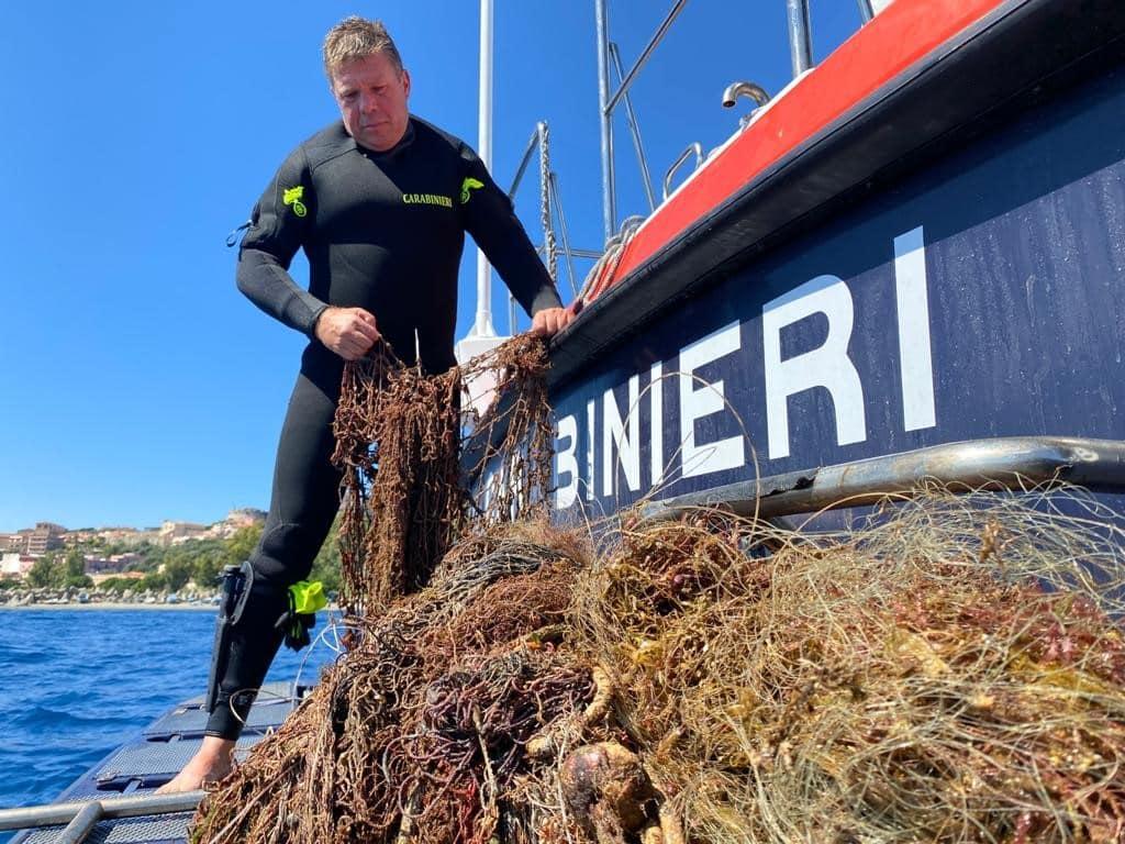 """Messina, recuperata rete """"fantasma"""" in mare – Le FOTO"""