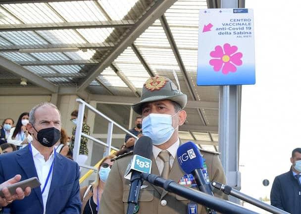 """Covid Sicilia, l'isola regala """"soddisfazioni"""". Il generale Figliuolo compiaciuto: """"In miglioramento dati vaccini"""""""