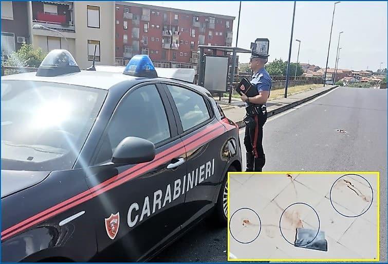 Terrore a Catania, donna insanguinata fugge in strada: ferita a colpi di martello dal fratello