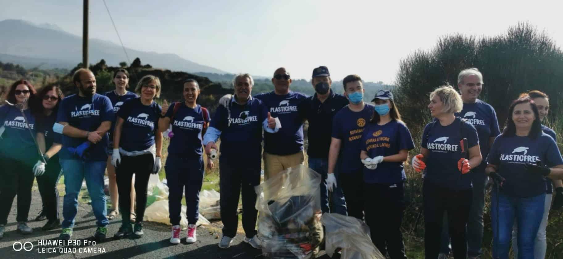 Giornata Nazionale del Plastic Free, Catania Duomo150 in prima linea per la pulizia straordinaria del territorio