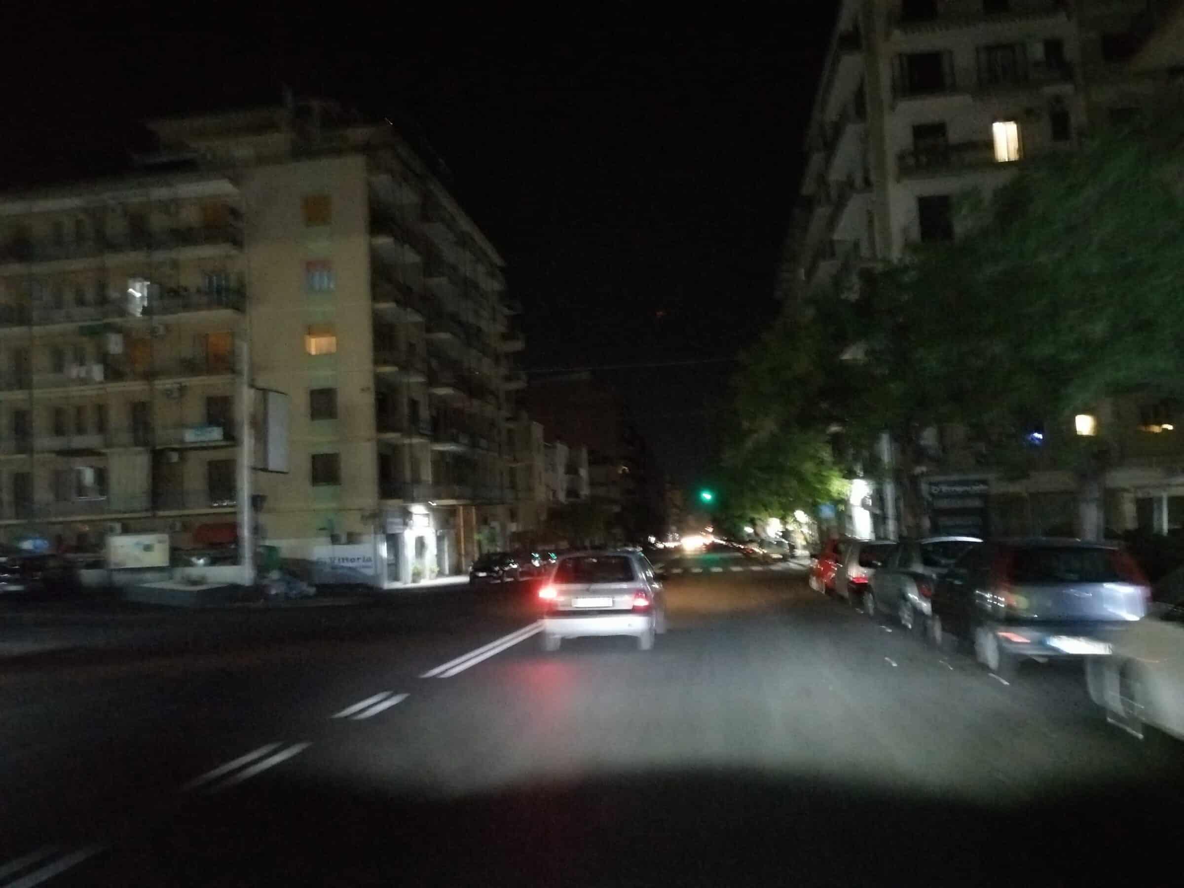 """Pericolo al viale Mario Rapisardi, strada totalmente al buio. Comitato Romolo Murri: """"Alto rischio incidenti"""""""