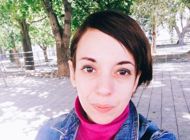 Valentina Vanessa Barzi la vittima dell'incidente lungo la SP 81, è morta trafitta dal guardrail