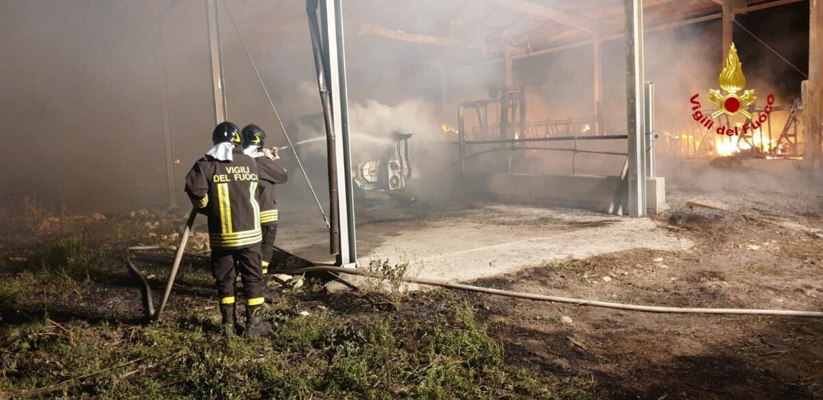 Incendio Vizzini (5)