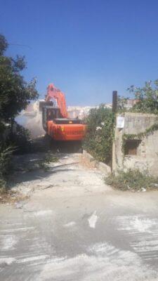 Demolizione edifici abusivi Lungomare Carini (1)