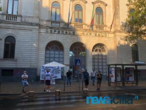 Ex autisti One Emergenza Catania protestano di fronte all'ospedale Garibaldi (4)