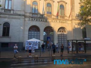 Ex autisti One Emergenza Catania protestano di fronte all'ospedale Garibaldi (5)