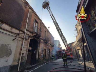 Incendi a Catania 30 luglio (6)