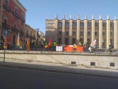 Manifestazione sanatoria 30 aprile '21 (3)