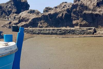 pomici galleggianti - Stromboli porto