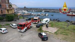 Incendio porto Santa Maria La Scala