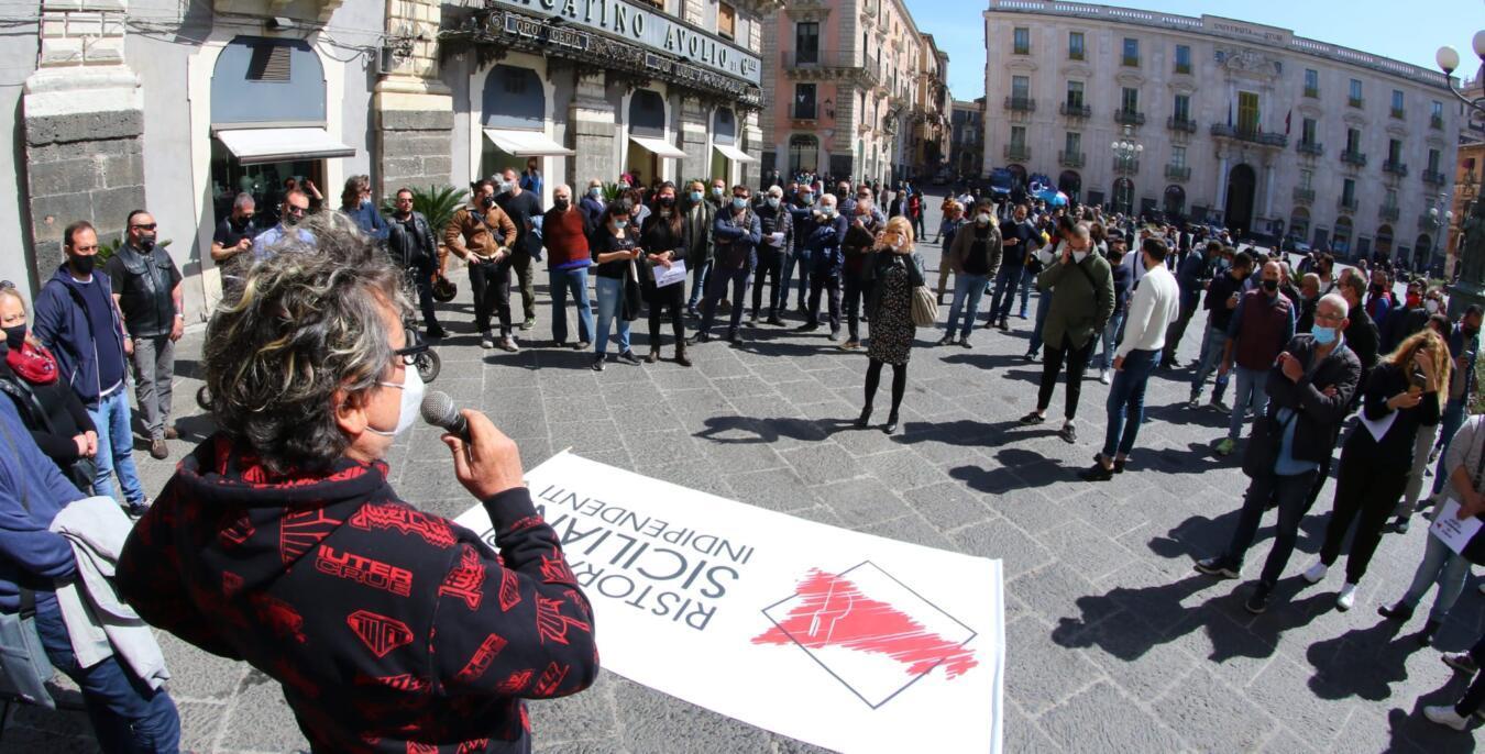 protesta chiusura pasquale ristoratori siciliani indipendenti (2)
