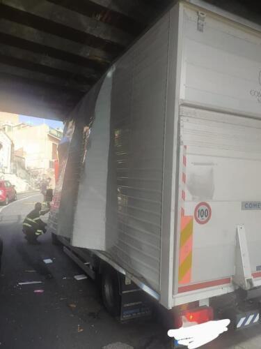 furgone-incastrato